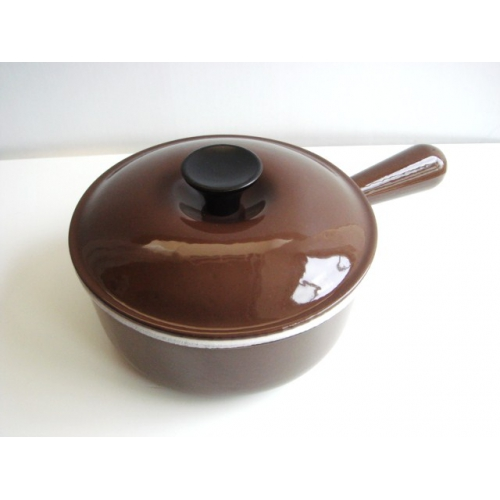 ルクルーゼ ソースパン #18 茶