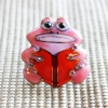 雨の日を楽しく!七宝焼ピンブローチ(ピンバッジ,ピンズ) カエル(本)
